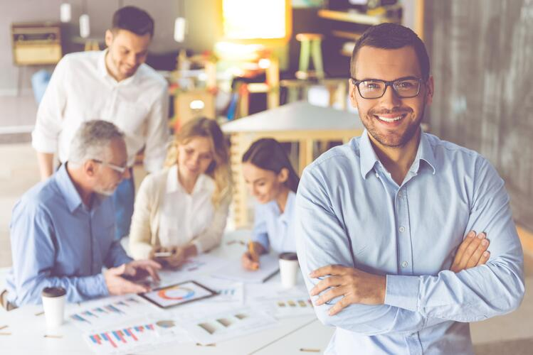 Le management grâce aux avis clients : un management positif
