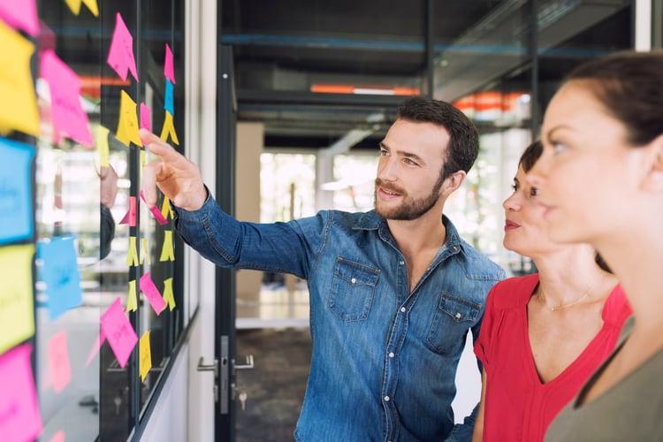 Manager vos équipes de vente grâce aux avis clients